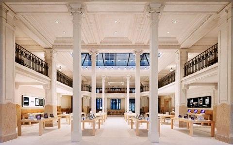 Apple-Store-Opera